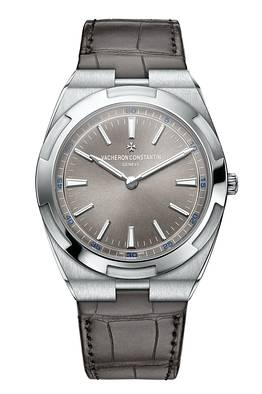 Front of Vacheron Constantin Overseas Ultra-Thin
