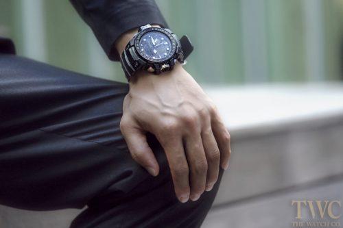 men-black-watch